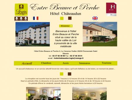 www.hotelchateaudunlogis.fr